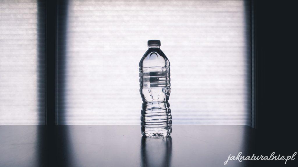 Płukanka z wody mineralnej do włosów