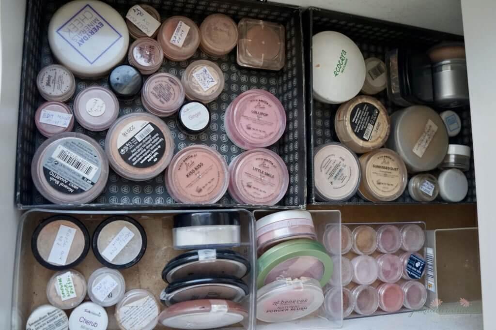 róże mineralne moja kolekcja kosmetyków